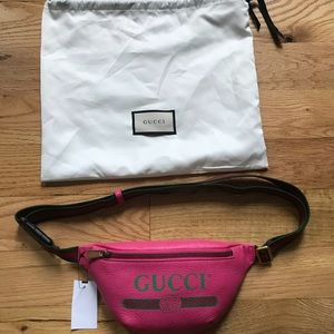 Gucci Fanny Waist Belt Bag Pink Logo Sz 95